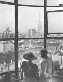 BLICK VOM HOCHHAUS IN DER HERRENGASSE, UM 1935