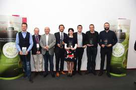 Die Preisträger der Revelation Trophies des Concours Mondial du Sauvignon Blanc bei der Preisverlehung