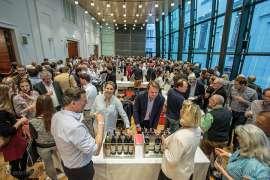 Ein volles Forum bei der Jahrgangspräsentation des Steirischen Weines 2018