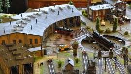 Der große Bahnhof der Modellbahnwelt Schiltern