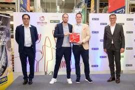 METRO Österreich CEO Xavier Plotitza,  Souschef David Fleckinger und Restaurantleiter Johannes Kahrer (Restaurant Amador) und Josef Pirker, Operations Director METRO Österreich.
