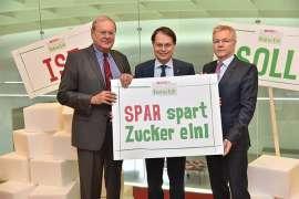 Im Februar 2017 hat SPAR dem Zucker konsequent den Kampf angesagt. Personen v.l.n.r.: Prof. Dr.med. Markus M. Metka, SPAR-Vorstandsvorsitzender Dr. Gerhard Drexel, Prim. Univ.-Prof. Dr.med. Fritz Hoppichler