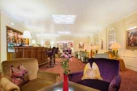 Bar mit Alt-Wiener-Flair im Hotel KAISERHOF Wien