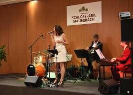 Celina & the Gang rockten die Bühne im Schlosspark Mauerbach mit feinstem Dinnerjazz
