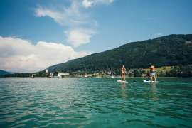 Stand up paddling auf dem Ossiacher See