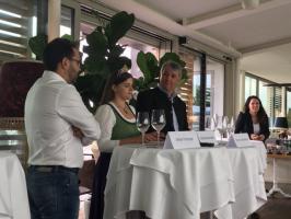 Stefan Potzinger (Obmann Wein Steiermark), Weinkönigin Katja Silberschneider und  Ing. Werner Luttenberger (Geschäftsführer Wein Steiermark) bei der PK zur Steirische Riedenweinpräsentation 2018