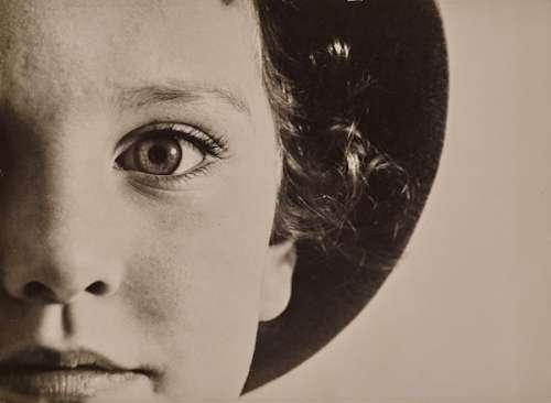 Max Burchartz: Lotte (Auge), 1928