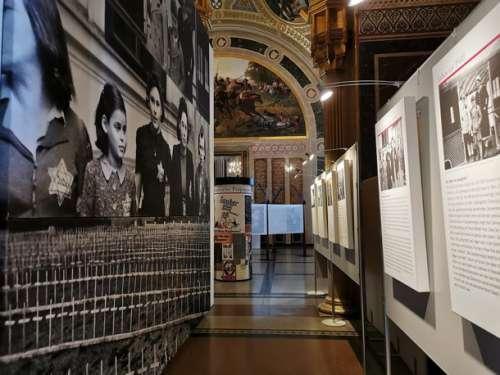 Die Gerechten - Blick in die Ausstellung