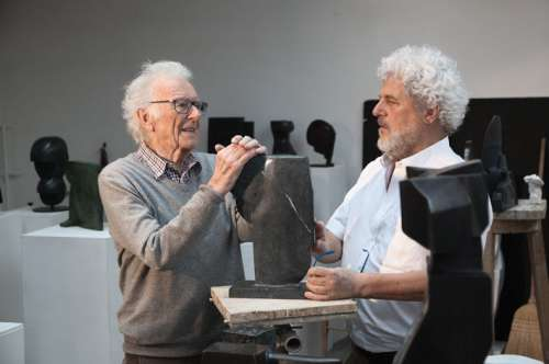 Herbert Albrecht und Kurator Walter Fink