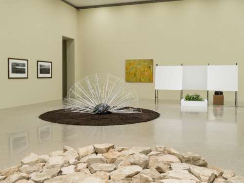 Ausstellungsansicht: Enjoy – die mumok Sammlung im Wandel