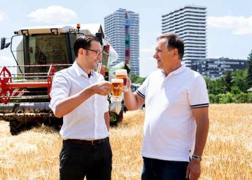 Tobias Frank, 1. Braumeister/Geschäftsführer der Ottakringer Brauerei sowie LWK Wien Präsident Franz Windisch