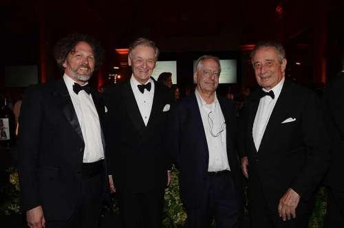 Axel Heinz, Giovanni Geddes da Filicaja, William Kentridge, Ferdinando Frescobaldi im Smoking auf der Benefizgala