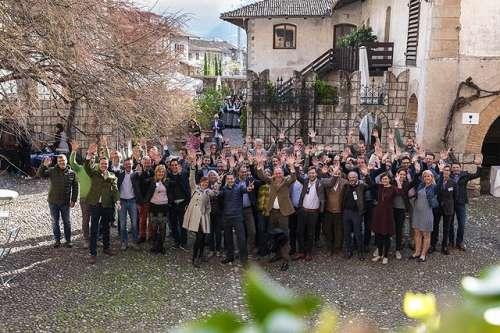 Gruppenbild der Winzer und Mitarbeiter der Summa 2018