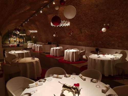 Weihnachtlich dekoriert präsentiert sich das Restaurant Amador
