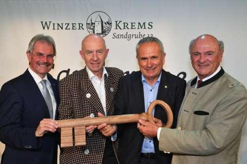 V.l.n.r.: Landtagspräsident Mag. Karl Wilfing, Dir. Franz Ehrenleitner, MAS, Ing. Ludwig Holzer, MSc, Landeshauptmann a. D. Dr. Erwin Pröll
