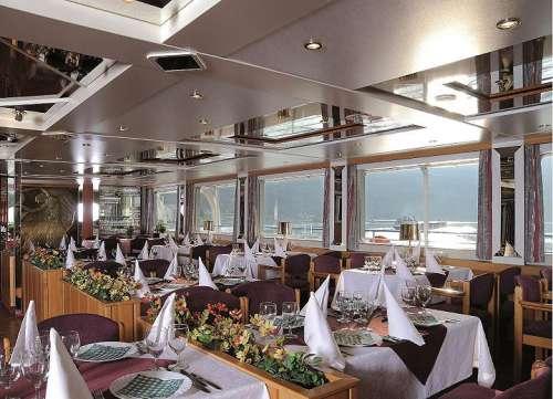 MS Wolga Innenansicht - Restaurant